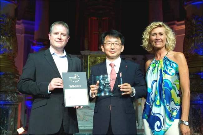 https://www.phoneworld.com.pk/wp-content/uploads/2013/07/LTE-Awards_LGE_Winner.jpg
