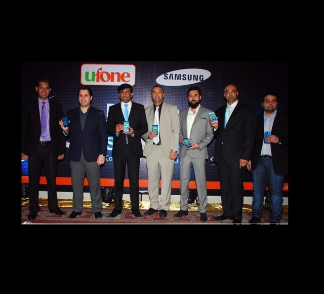 Samsung & Ufone Co-Launch Galaxy S5 and Gear Fit in Pakistan
