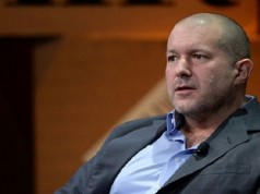 Apple Promotes Jony Ive as Chief Design Officer