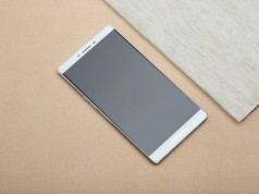 OPPO R7 Plus: A Fabulous Phablet Available at only Rs. 39,990