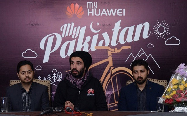 Moin Khan Shares his Exciting Journey with Huawei Mate S