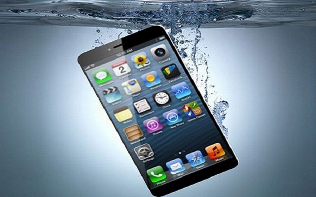Rumors: iPhone 7 Said to be Waterproof