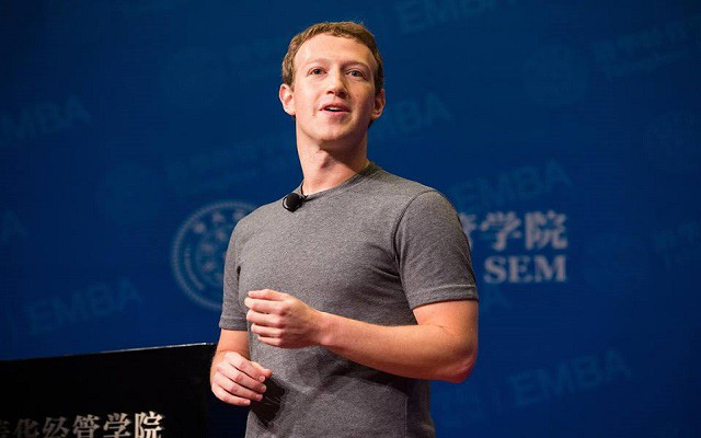 Mark Zuckerberg Pledges to 'Fight to Protect' Muslims on Facebook