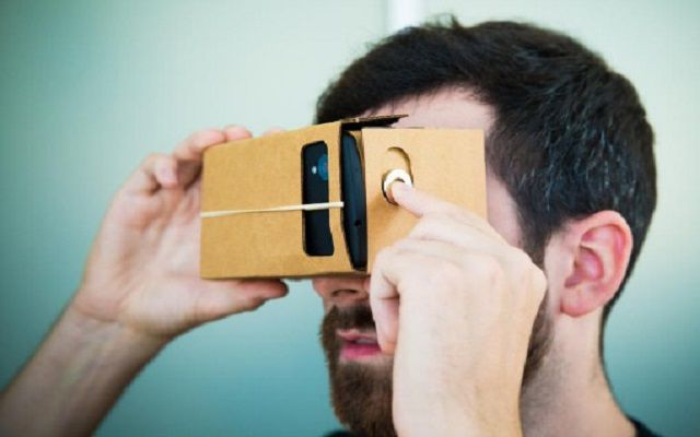 Virtual Reality Headsets Now a Reality in Pakistan