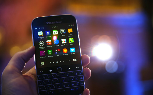 BlackBerry will Remain in Pakistan; Both Parties Relents on Data-Monitoring Demands