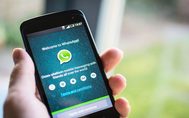 WhatsApp Drops Subscription Fee & Moves Monetization Focus to Business