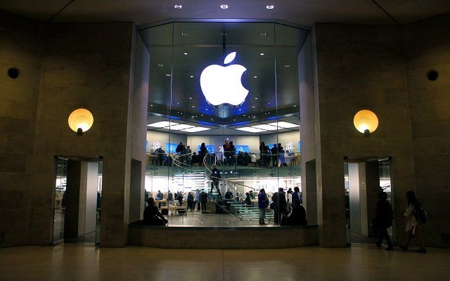 Apple Opposes Court Order to Hack iPhone