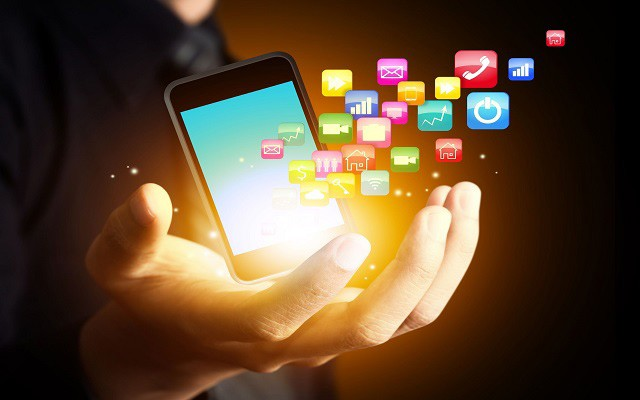 Internet Penetration in Pakistan Reaches to 15% in One Year: Anusha