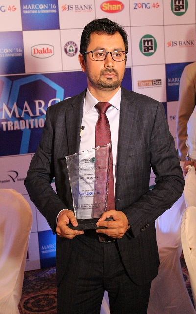 """CEO Haier Mobile Mr.Zeeshan Qureshi gets Awarded for """"EXCELLENCE"""" at MARCON'16"""