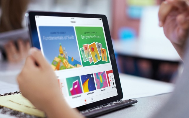 Apple Swift Playground App Teaches Kids to Code