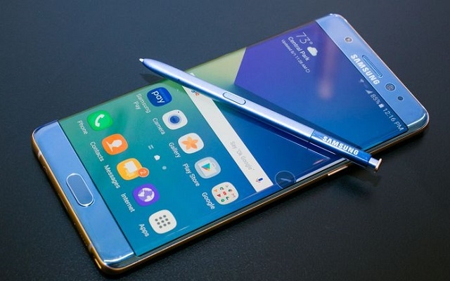 Bad News For Samsung: Replaced Galaxy Note 7 Catches Fire in Plane