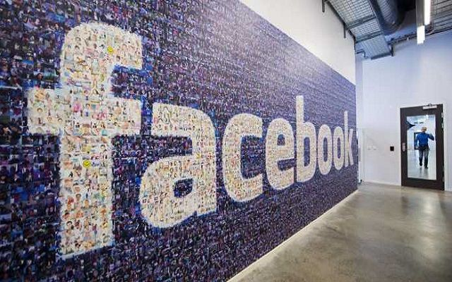 """Facebook Brings Augmented Reality Selfie """"Masks"""" for Live Video"""