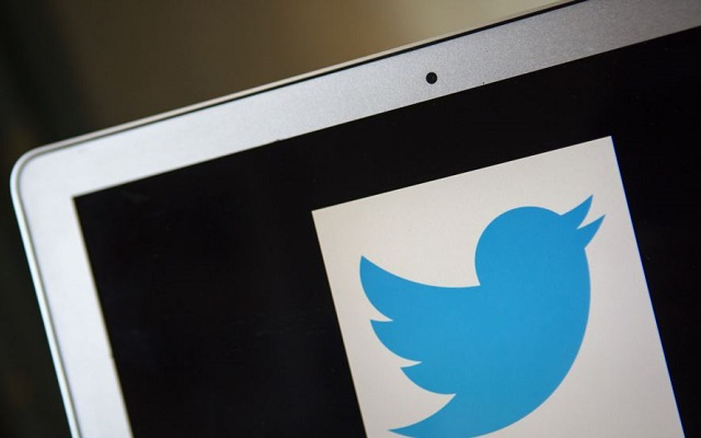 Twitter Adds Live Video Feature