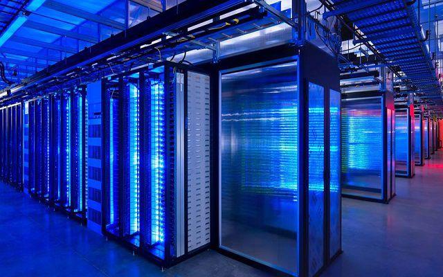 Facebook to Build World's Biggest Wind Powered Data Center