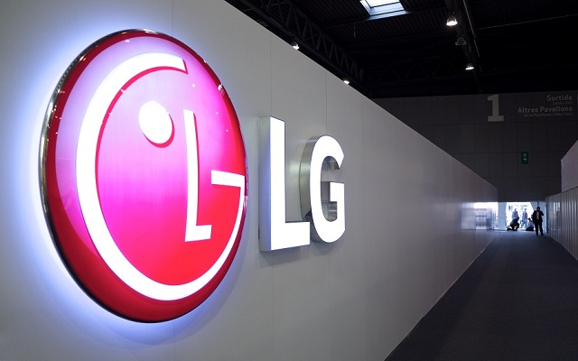 LG Files Patent for Foldable Smartphones