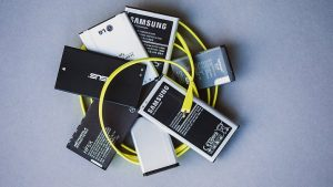 How to Prevent a Mobile Phone Battery From Exploding