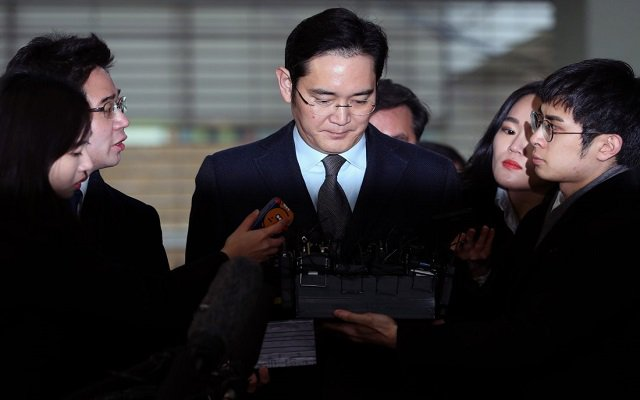 Samsung Chief Lee Denies All Charges Against Him as Trial of the Century
