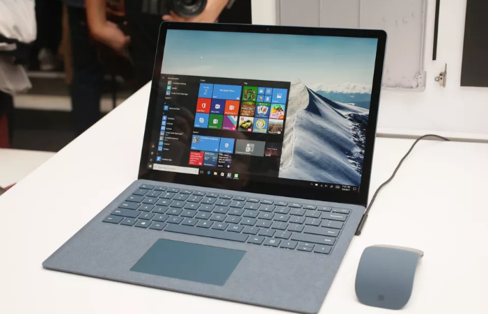 Microsoft Releases Windows 10 S for its Surface Laptops