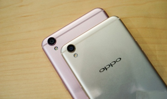 Here is the List of Famous Oppo Camera Phones in Pakistan