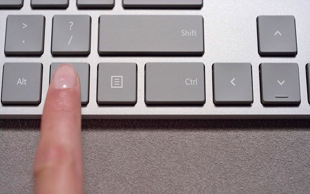 Microsoft Introduces Hidden Fingerprint Sensor in it's Modern Keyboard
