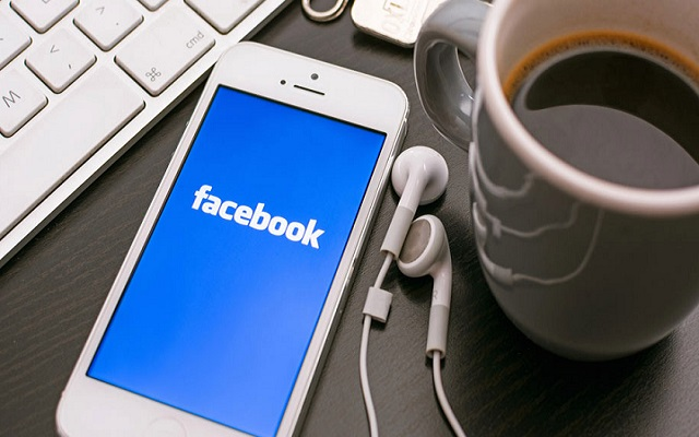 How to Use Facebook to Find Free Wi-Fi Connection Anywhere