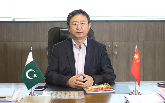 Photo of 4G is the Future of Pakistan and Zong 4G will Make it Happen. Liu Dianfeng, CEO Zong