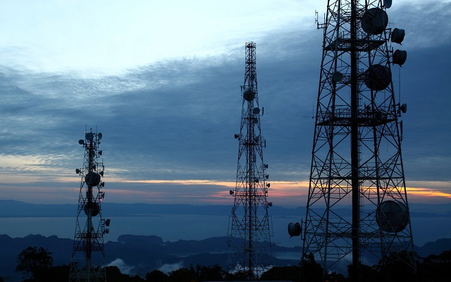 Axiata to buy Pakistan telecom towers for RM4 bil