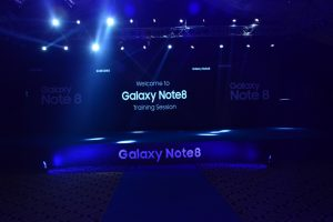 Samsung Launches 'Note 8 Retailers Training Programme' in Pakistan