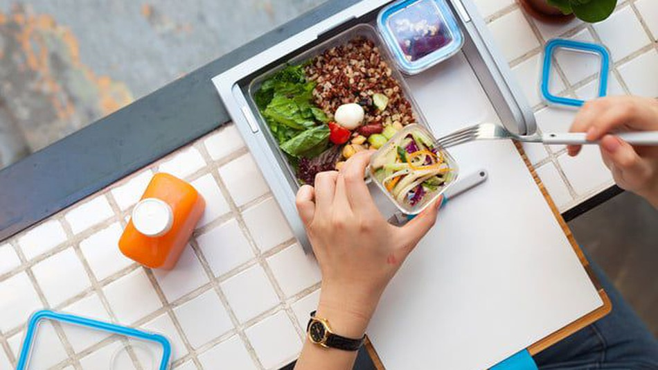 This Smart Lunchbox will Now Prepare Meal for You