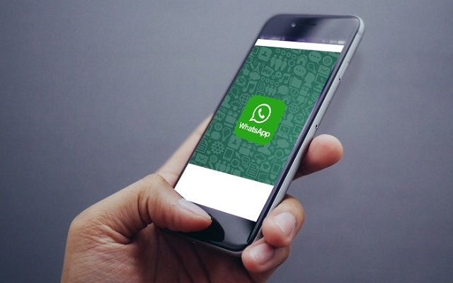 WhatsApp lets You Delete Your Embarrassing Texts