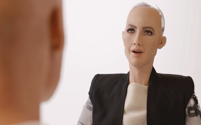 Sophia Robot Owning Saudi Citizenship Wants to Have a Baby