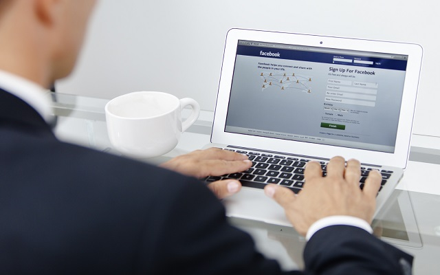 Facebook is Testing Multiple Accounts Switching Feature