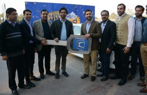 Samsung Gives Honda Civic to Winner of Prize Offer