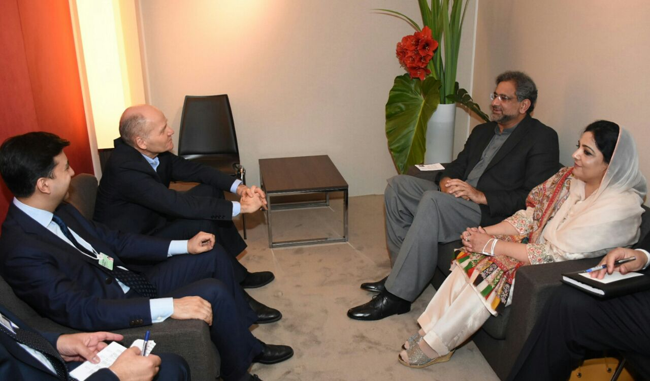 Telenor Group CEO Sigve Brekke Calls on PM Shahid Khaqan Abbasi in Davos