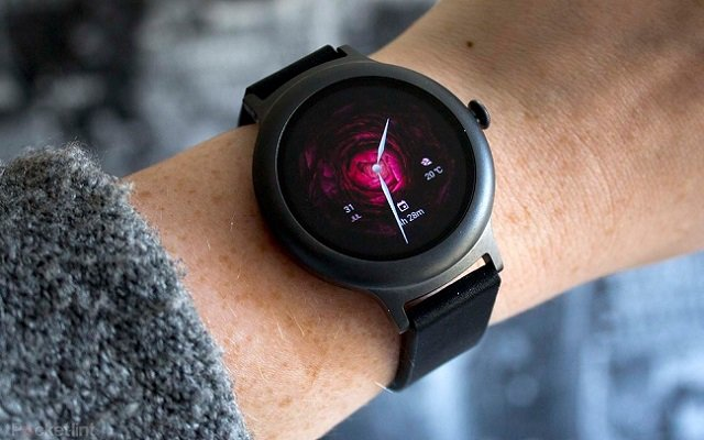 LG Timepiece Smartwatch