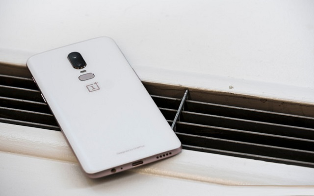 White OnePlus 6 to be Launched Tomorrow