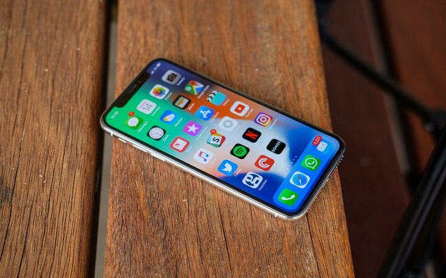 Apple Plans to Upgrade the Current iPhone X with a Big Screen