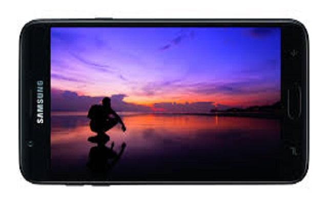 Samsung is Testing the Behind-Display Selfie Cameras