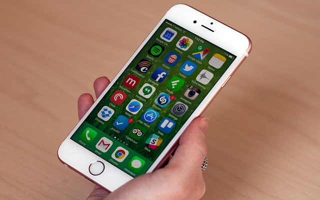 Apple IDs Locked for Some iPhone Users Due to Unknown Reasons