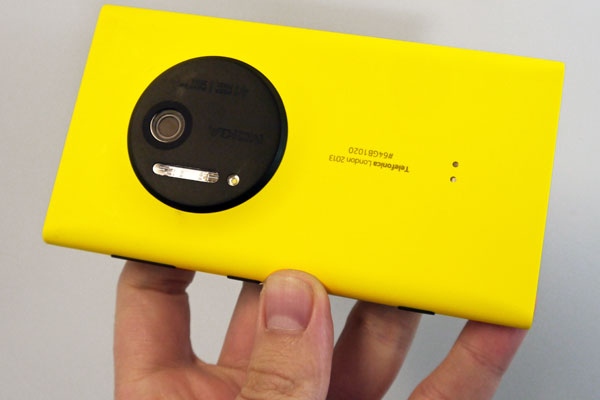 lumia-1020 one plus