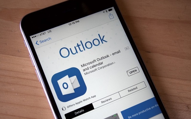 Microsoft Redesigns Outlook
