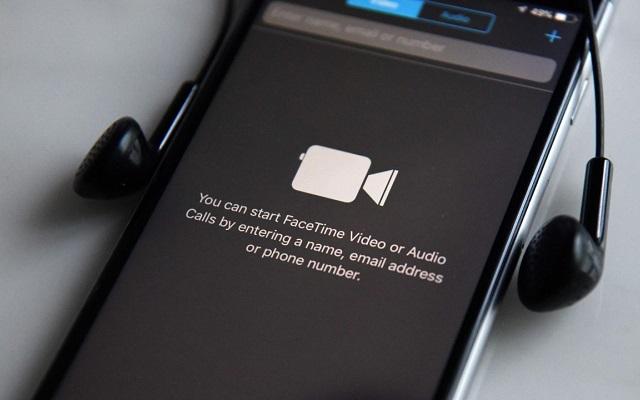 Apple Group FaceTime Bug