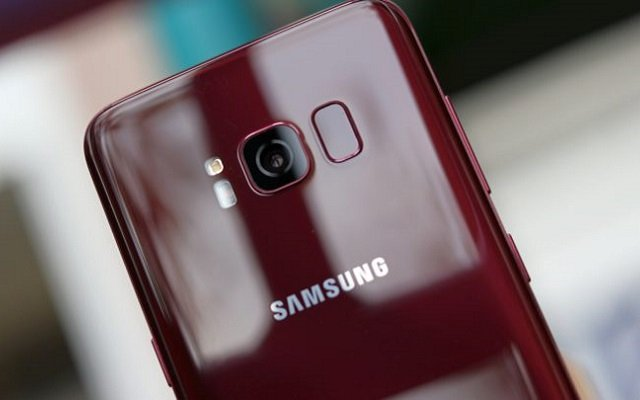 galaxy s10 cinnabar red