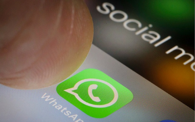 WhatsApp iOS Adds Fingerprint Locks to Chat- Now No One Can read your Messages