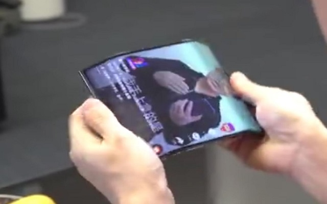 Xiaomi Double Folding Phone Video Reveals a Royal Device