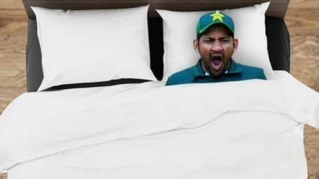 Sarfaraz Ahmad Trolled on Social Media for Yawning on the field