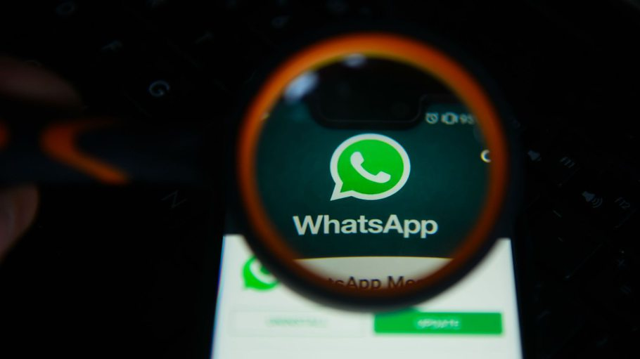 WhatsApp for Desktop getting third-party animated Stickers