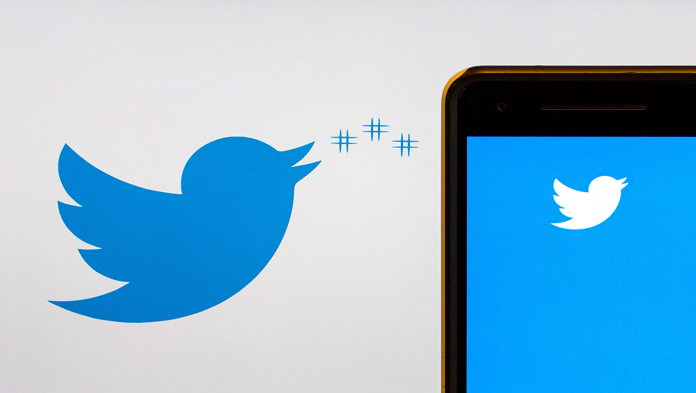 Twitter Allows Some Users to Schedule Tweets on Desktop