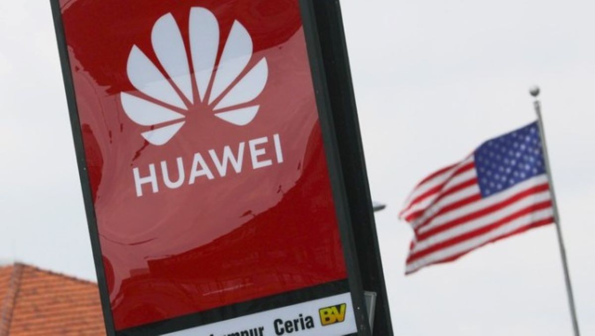 Photo of China to Ban Apple and Qualcomm in Response to US Restrictions