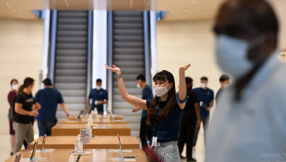 Apple Designs Custom Masks For Employees